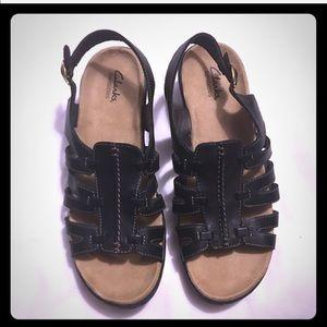 Clarks bendables Black leather sandals